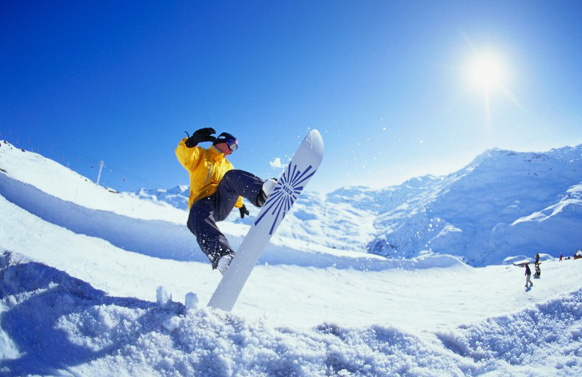 8 LGBTI-friendly gateway cities for winter sports that are super chill